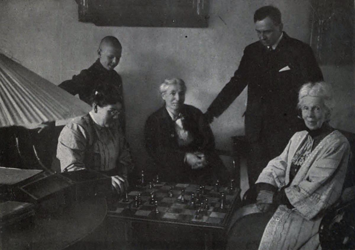 René Fülöp-Miller with the Tolstoys