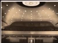Hans Poelzig _ Albert Vennemann Deli-Lichtspiele, Breslau Zuschauerraum - Rang von der Bühne her gesehen Inv.-Nr. F 1729