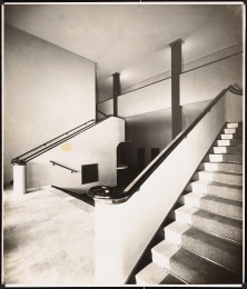Hans Poelzig, Arthur Köster Neugestaltung der Umgebung des Bülowplatzes (Scheunenviertel), Berlin. Lichtspielhaus Babylon und Wohnungsbauten (1929)a