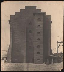 Hans Poelzig Chemische Fabrik, Luban Schwefelsäure-Fabrik, Giebelansicht (identisch mit Inv.Nr. 2641)