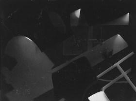 Laszlo Moholy-Nagy (1895 - 1946) Sans titre 1925 - 1928 photogramme, épreuve gélatino-argentique 17,9 x 23,7 cm