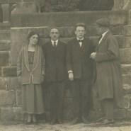 L. Brik, O. Brik, R. Jakobson und W.Majakowski in Deutschland, 1923 © Majakowski-Museum, mit freundlicher Genehmigung des Museums