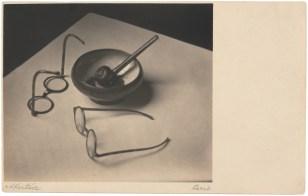 Les lunettes et la pipe de Mondrian Publication André Kertész