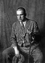 The picture of poet Vladimir Mayakovsky. (Photo ITAR-TASS) Ïîýò Âëàäèìèð Ìàÿêîâñêèé. Ôîòî ÐÃÀÊÔÄ-Ôîòî ÈÒÀÐ-ÒÀÑÑ.