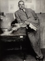 ALEXANDER RODCHENKO, Poet Vladimir Mayakovsky in Redaktion / in editorial office, Moscow 1927