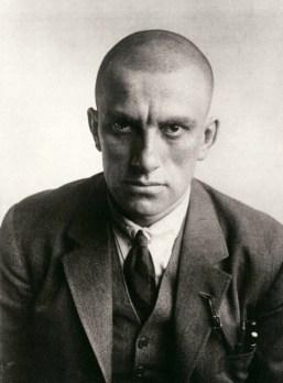 vladimir-mayakovsky-1924-rodchenko-1372292421_org