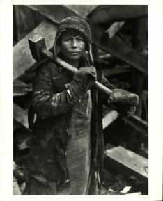 Margaret Bourke-White, 39 canvas