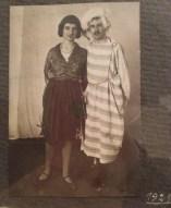 Walter Benjamin - Une photo exposée au Musée d'art et d'histoire du Judaisme Walter et une amie