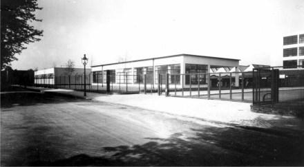 historisches-foto-der-vereinigten-seidenwerke-ag-krefeld