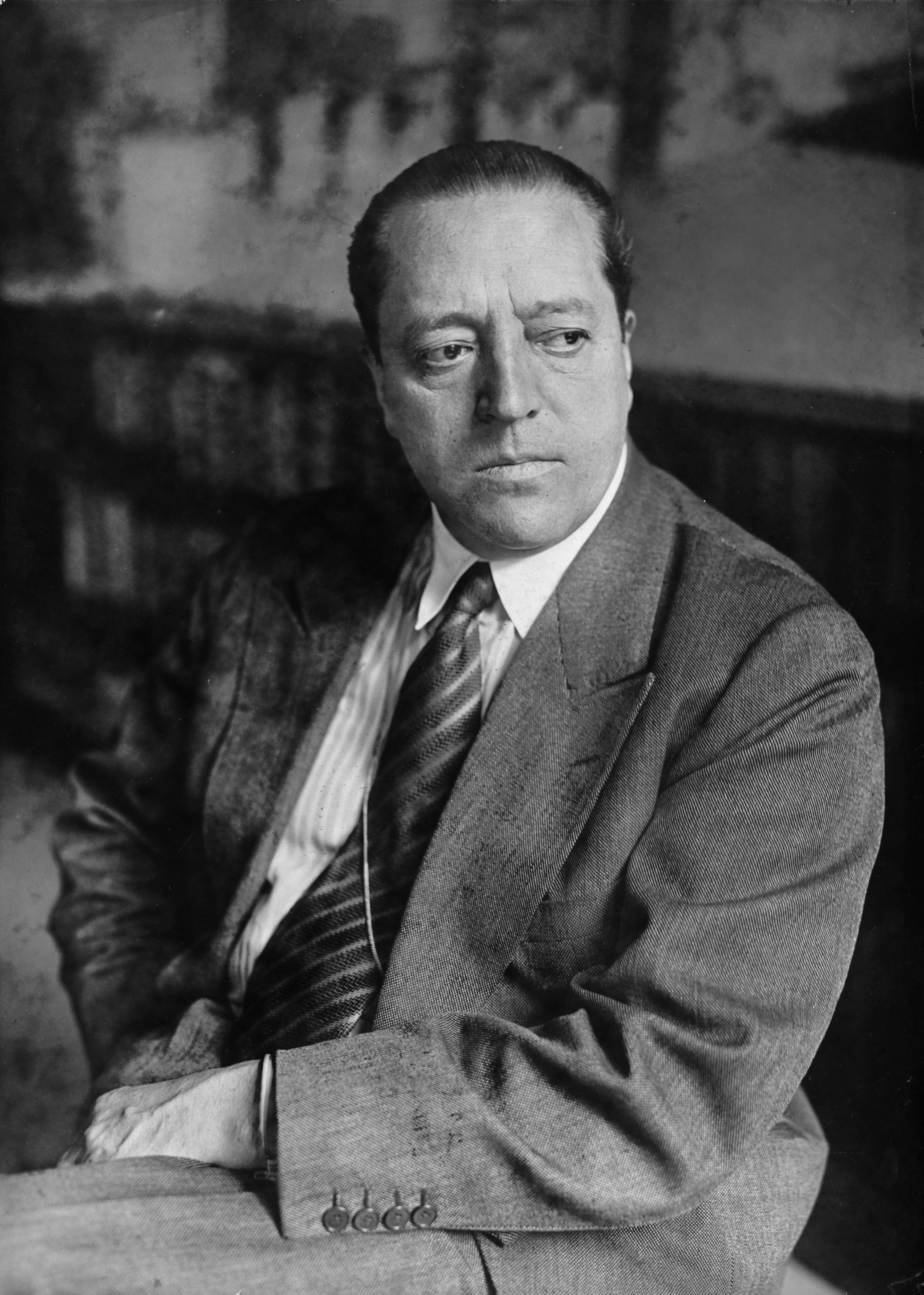 Fotograf: Willy Römer ab 1930-1933 Direktor des Bauhauses in Dessau Aufnahmedatum: 1931 Aufnahmeort: Berlin Objektmaß 13x18 cm Inventar-Nr.: WR_ON0026