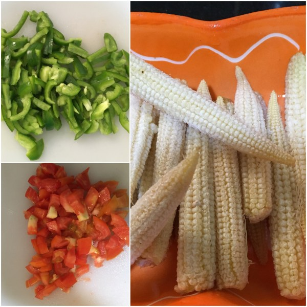 Babycorn and capsicum vegetable