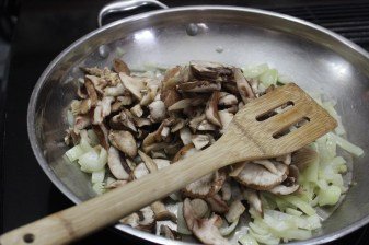 The making of a mushroom filling
