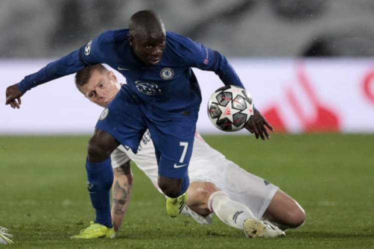 Kante was instrumental in the 1st leg, will he prove to be the point of difference again for the Blues in the 2nd leg? Credit | Bernat Armangué/AP