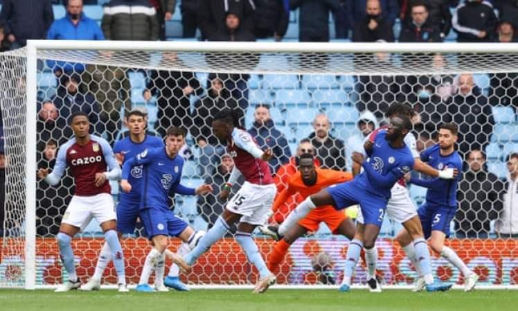Bertrand Traore makes it Aston Villa 1-0 Chelsea.