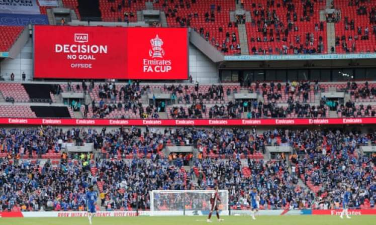 VAR shattered Chelsea hearts during the FA Cup Final. Blues fans will be hoping to avoid a similar controversy in the League match against the Foxes. Credit | Tom Jenkins/The Guardian