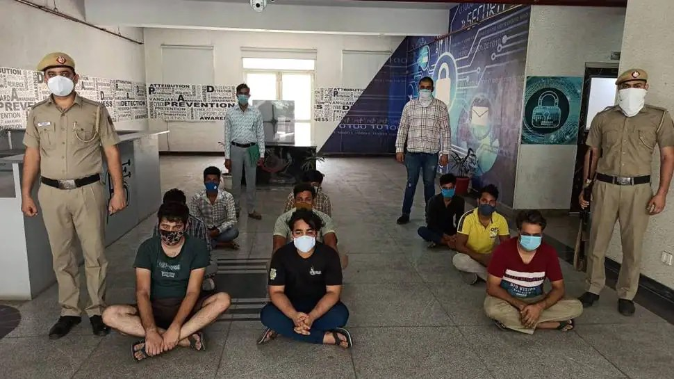 Delhi Police busts gang for cheating 5 lakh people of Rs 150 crore through fake app, 11 held