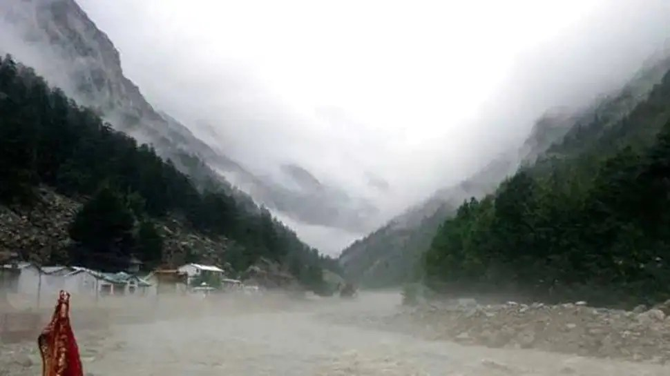 4 dead, 36 missing after cloudburst at Jammu and Kashmir's Kishtwar