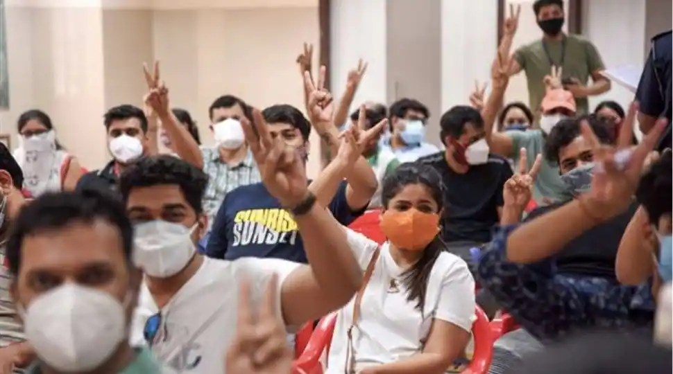 Mumbai crosses 1 crore COVID-19 vaccination mark, India's first district to achieve feat