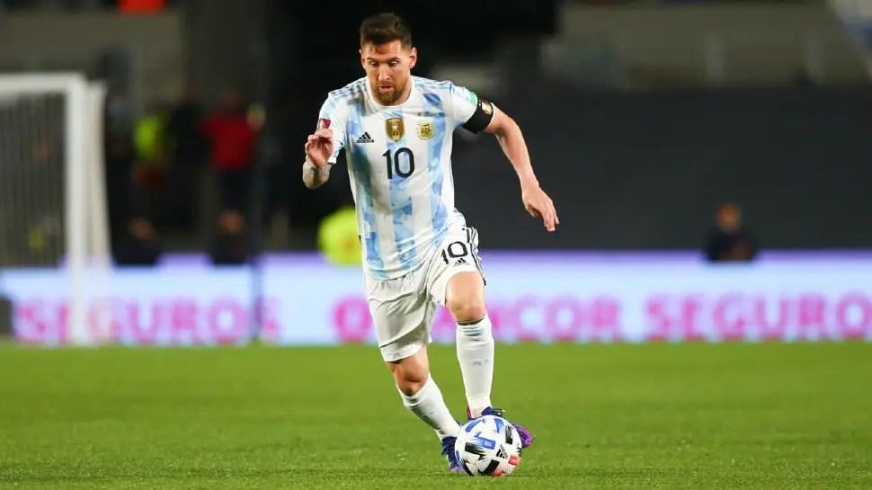 2022 FIFA World Cup Qualifier: Lionel Messi scores unusual goal as Argentina beat Luis Suarez's Uruguay, Watch