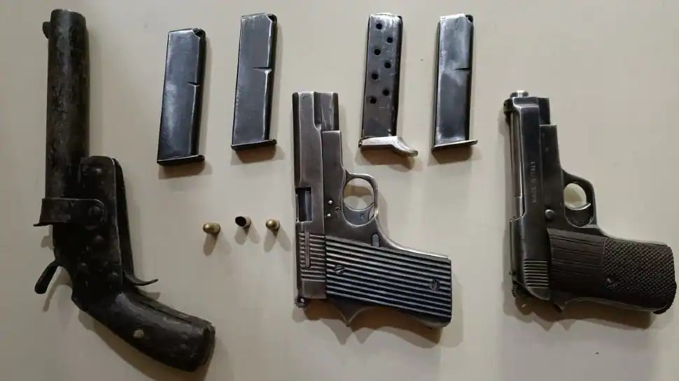 CBI searches 41 locations in Arms licencing racket in Jammu and Kashmir
