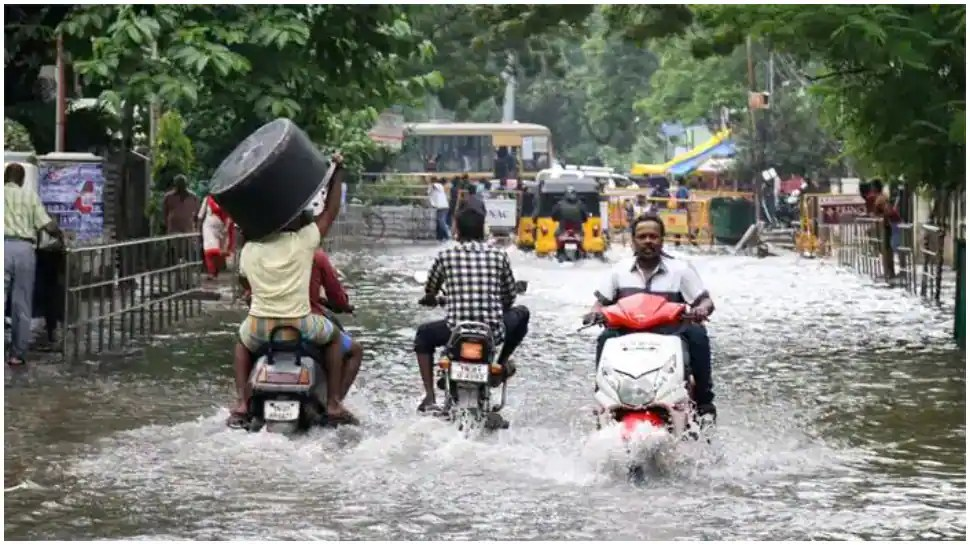 Heavy downpour in Chennai and suburbs, Tamil Nadu govt issues flood alert