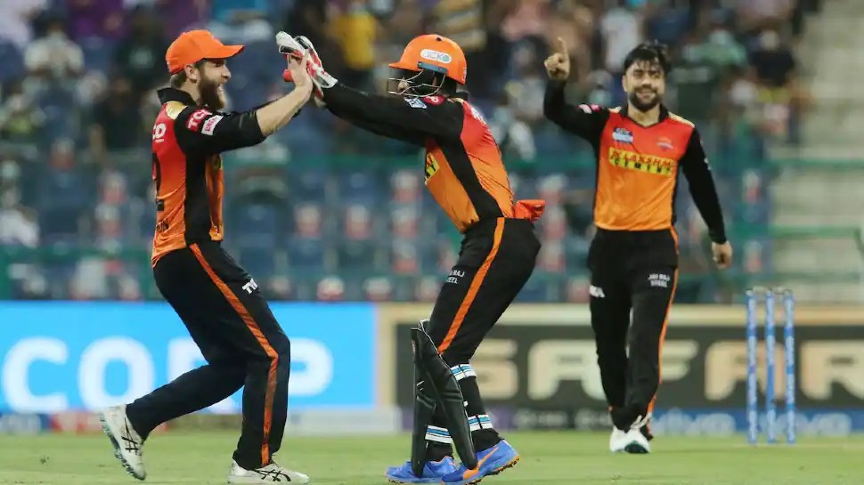IPL 2021: Bowlers shine as SRH beat RCB by four runs in last-over thriller