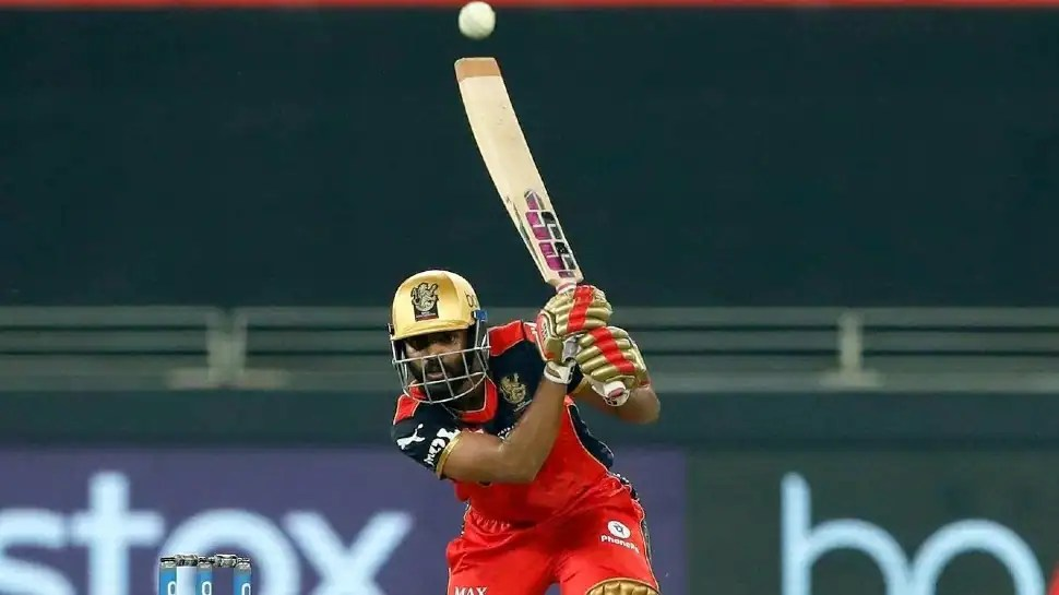 WATCH: KS Bharat's last-ball six which helped RCB beat DC in IPL 2021 clash