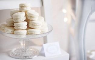 white-macarons-600x381