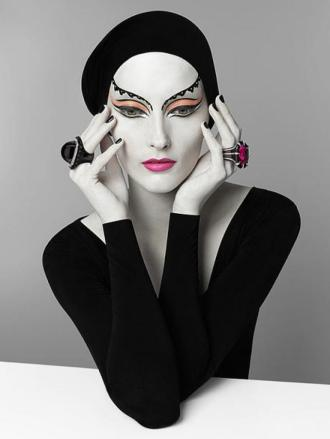 Serge Lutens 1942 - French Fashion, Parfume & Photography artist - Tutt'Art@ (42)