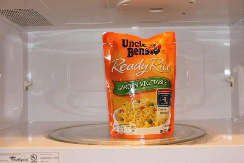 easy recipes using uncle bens with chickpeas, asparagus, and rice. Kid friendly meal, easy, week day, under 20 minutes