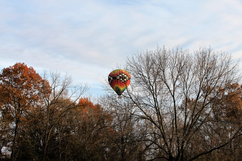 hot air balloon rides over Eagle Ridge Resort