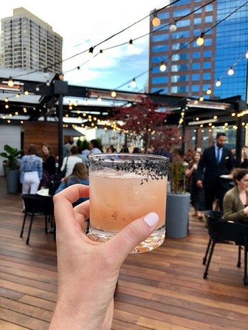Noyane is a rooftop located in downtown Chicago
