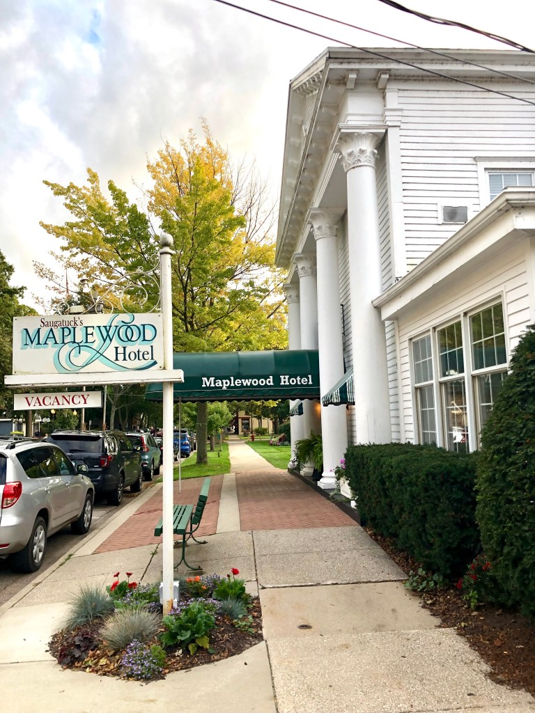 Maplewood hotel in Saugatuck, Michigan is located in the heart of downtown. Has a great location and close to everything!