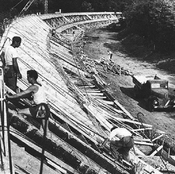 Monza under construction