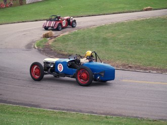 A 1914 Riley Brooklands gives chase at Pittsburgh Vintage Grand Prix. Photo by Robert Ristuccia.