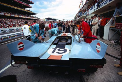The Porsche 917K #031/026 of J. W. Automotive Engineering driven by Richard Attwood (GB) and Herbert Müller (CH) receives a full service