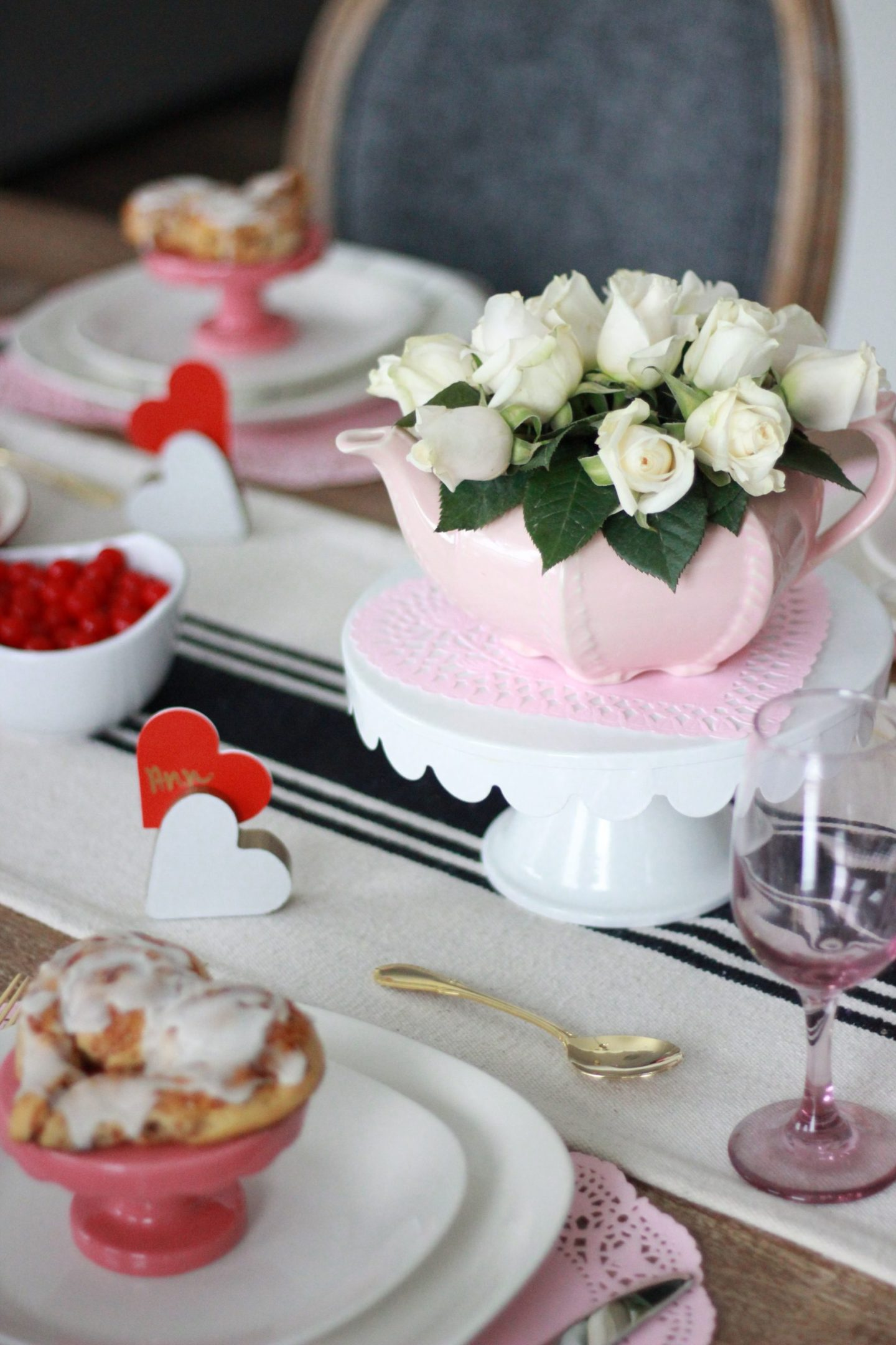 Valentine's Day Tablescape 2020