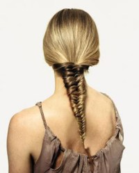 Easy ways to braid your hair | THE CHIC WAVE