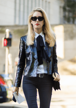 feminine-bow-tie-and-red-lipstick-street-style
