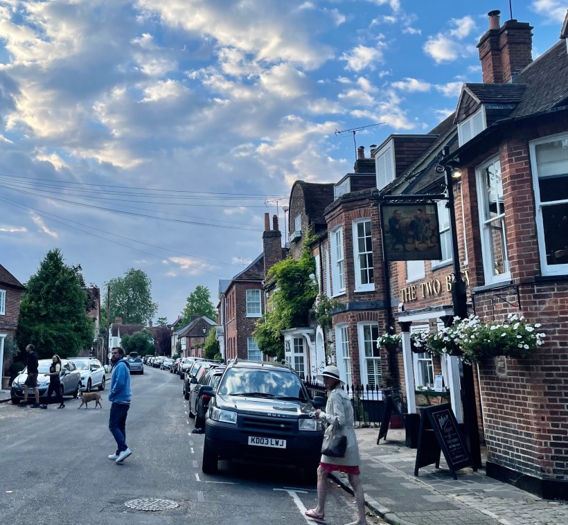 Cosy pubs in Marlow