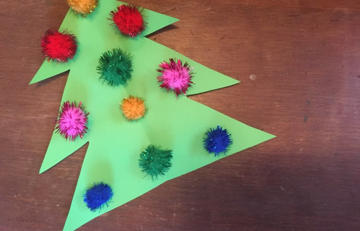 Fun Pom Pom Christmas Crafts for Kids