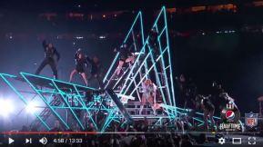 super_bowl_li_0458_dancing_on_5_pt_star_pyramids