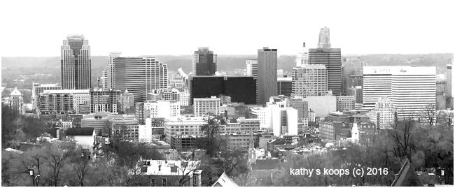 black and white photo of Cincinnati skyline
