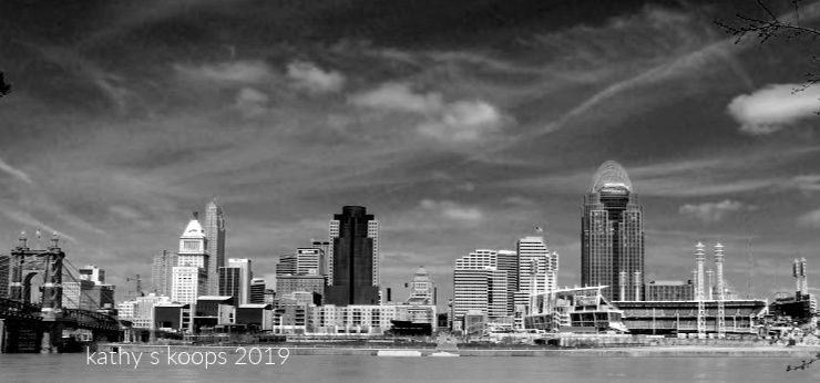 Black & white photo of cincy skyline