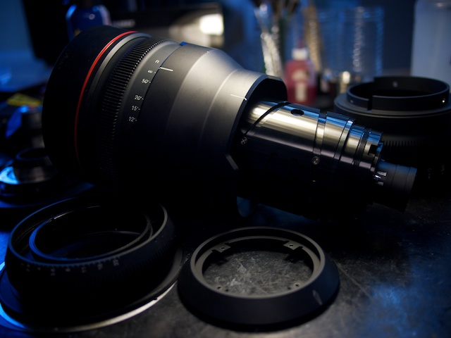 Lens Guts: RED 18-85mm