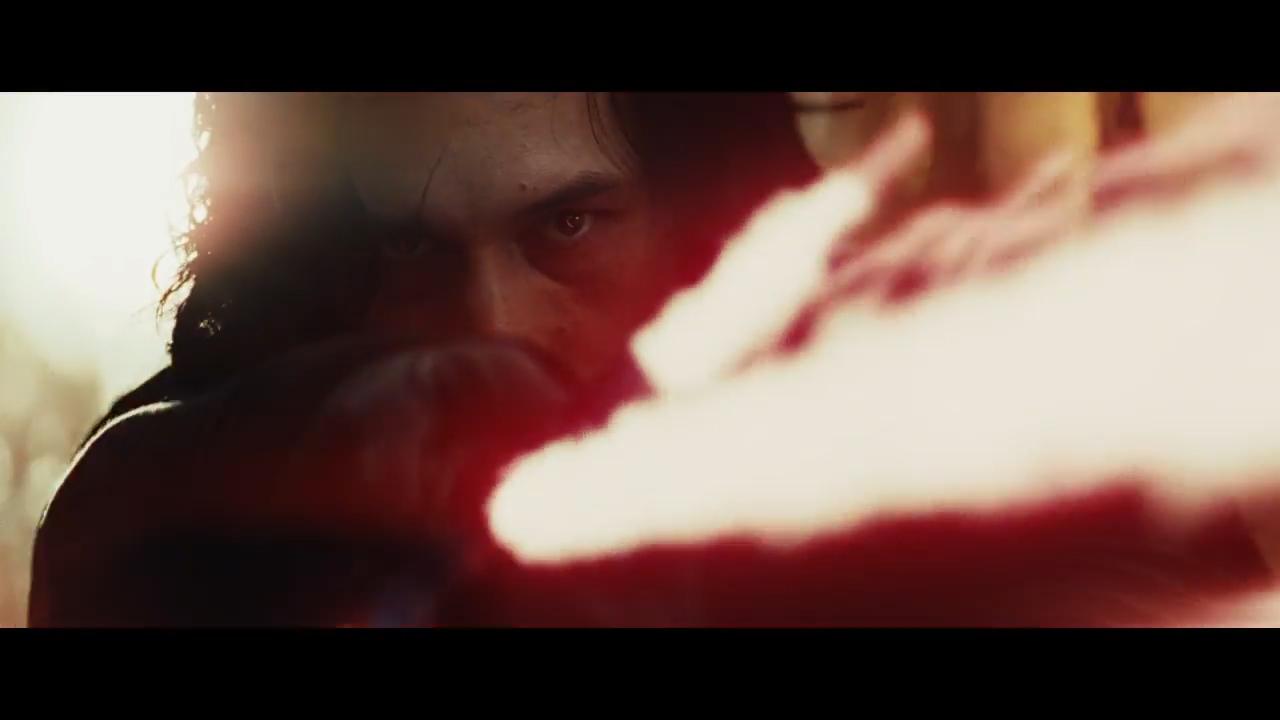 Star Wars- The Last Jedi Official Teaser.00_01_29_07.Still004