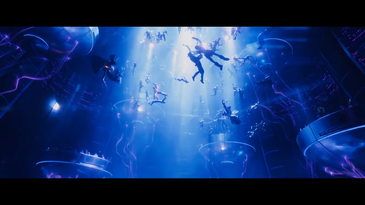 READY PLAYER ONE - Official Trailer 1 [HD].00_01_01_10.Still008