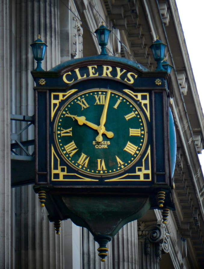 Clerys Clock O' Connell St, Photo Credit: Aapo Haapanen (Flickr)