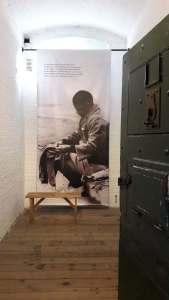 Bill of Mandela inside a cell