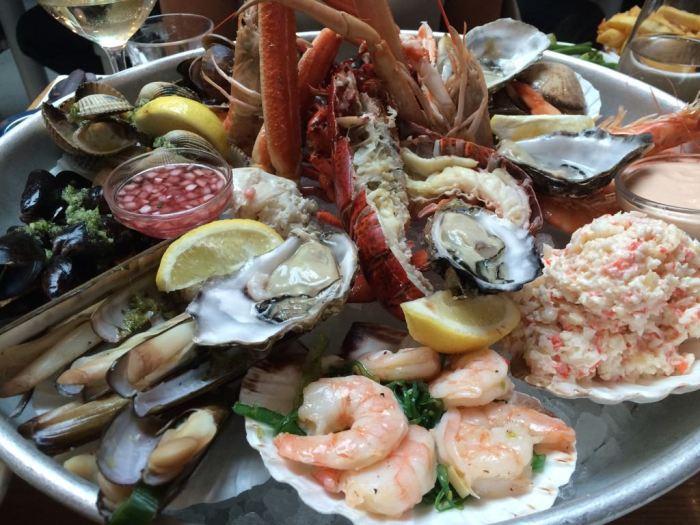 Ouderwets gezellig in vernieuwde The Seafood Bar aan het Spui